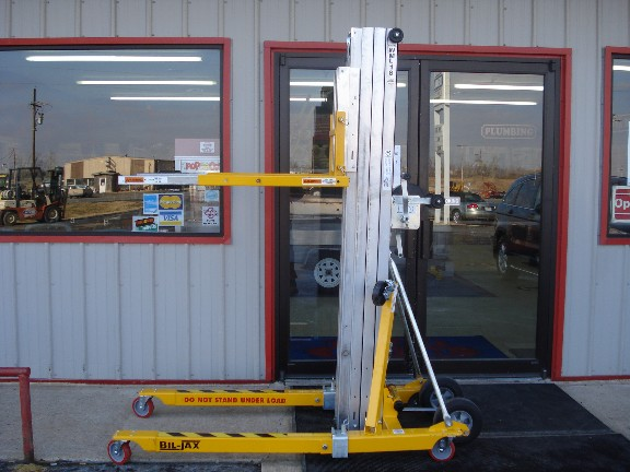 Where to find LIFT, MANUAL CRANK 18  650 in Grove